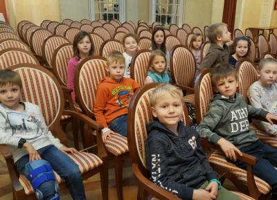 Foto zur Meldung: SCHULNACHRICHTEN: Besuch beim Bayerischen Kammerorchester