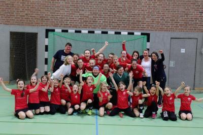 Foto zur Meldung: Damen steigen in Regionalliga auf