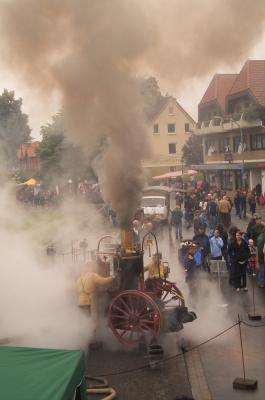 Die Dampfspritze in voller Aktion