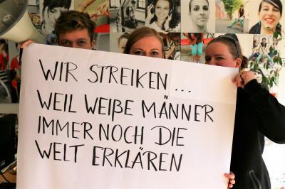 Vorschaubild zur Meldung: Wir streiken zum 8. März!