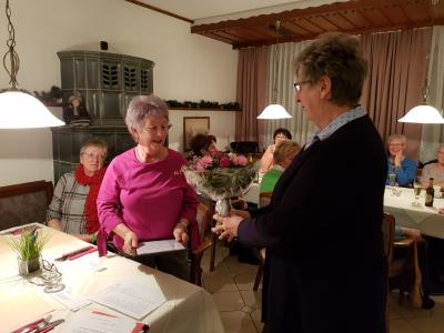Vorschaubild zur Meldung: Jahreshauptversammlung Frauenchor Schenklengsfeld und Ehrungen