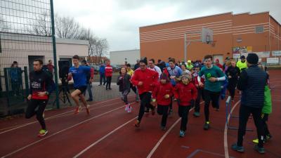 trotz Regenwetter waren über 120 Läufer am Start /Foto: Angela Richter