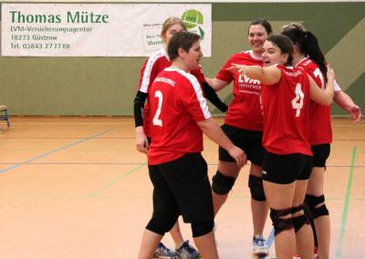 Foto zur Meldung: 3 weitere Punkte für die Volleyball-Damen des SC Laage e.V. in der Landesklasse Ost