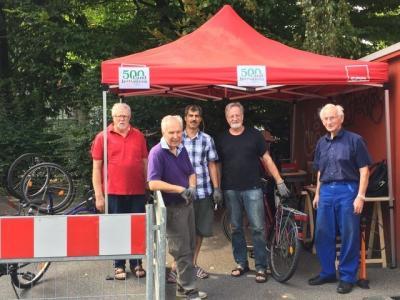 Vorschaubild zur Meldung: Helfer für die Fahrradwerkstatt in Schenefeld gesucht!