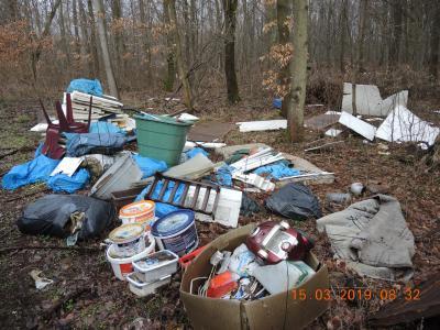 Vorschaubild zur Meldung: Illegale Müllablagerung zw. Schielo und Harzgerode