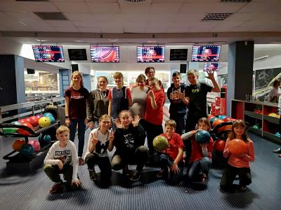 Foto zur Meldung: Bowling Cup 2019 – Von wegen ruhige Kugel geschoben