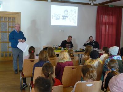 Vorschaubild zur Meldung: Autorenlesung mit Jochen Till