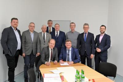 Foto zur Meldung: Kooperationsvereinbarung bildet Grundlage für eine neue kommunale Wirtschaftsentwickllung im Landkreis Helmstedt