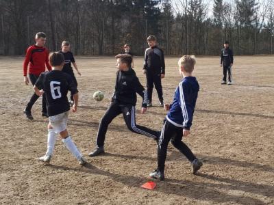 Foto zur Meldung: D-Jugend absolvierte Trainingslager in Nammering vom 15.-18.03.