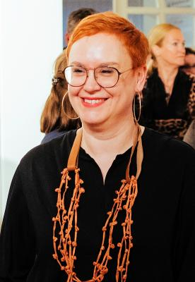 Vorschaubild zur Meldung: Künstlerinnengespräch in der Galerie am 5. Mai mit Birgit Herzberg-Jochum