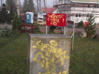 Foto zu Meldung: Schmierereien am Naturlehrpfad