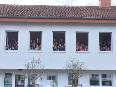 Foto zur Meldung: Die 39 hessischen Mehrgenerationenhäuser unter einem Dach! Landesnetzwerktreffen im MGH Haunetal in Rhina