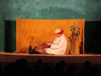 Foto zur Meldung: Theatererlebnisse für die Nauheimer Grundschüler im Saalbau