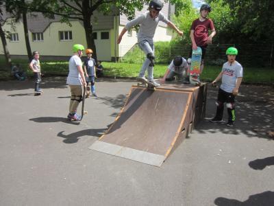 Foto zur Meldung: Mobiler Skatepark starten in die Saison