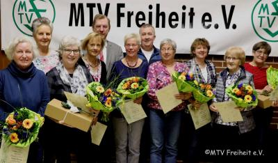 anwesende geehrte Mitglieder mit dem 1. Vorsitzenden, Bernd Tödteberg