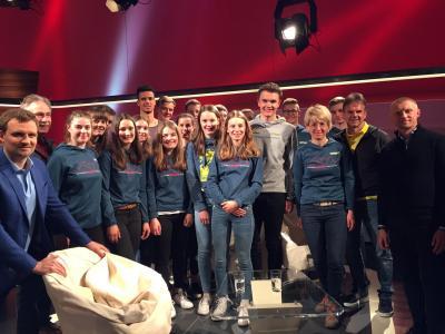 SVS-Skilangläufer schnuppern Studio-Luft im SWR-Fernsehen - Bild: Stefan Weiß