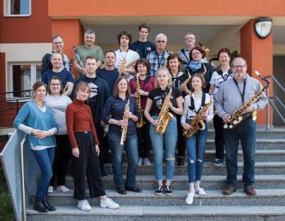 Mitwirkende des Frühlingsworkshops Bläser-Band-Ensemble. Foto: Gerlind Bensler