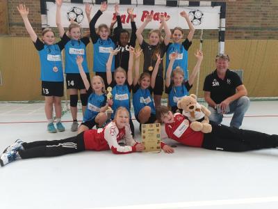 Foto zur Meldung: E-Jugend des HSV 04 beste Brandenburger Mannschaft beim BB-Cup am 07.04.2019