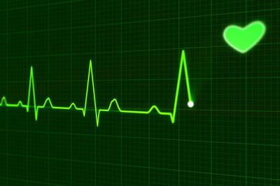 Symbolbild EKG, (c) Pixabay, User PublicDomainPictures