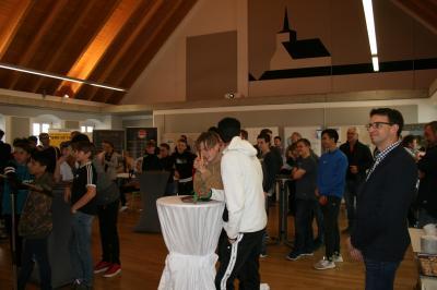 Foto zur Meldung: Ausbildungsmesse der JFG Oberes Egertal