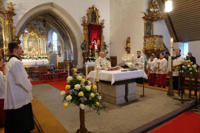 Foto zur Meldung: Osterfesttage wurden feierlich in unserer Pfarrgemeinde gefeiert