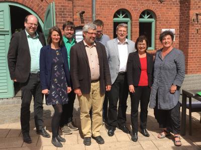 """Dr. Oliver Hermann Politiker begrüßte die Teilnehmer der Klausurtagung am Hotel & Brauhaus """"Alte Ölmühle"""" I Foto: Tobias Arbinger"""