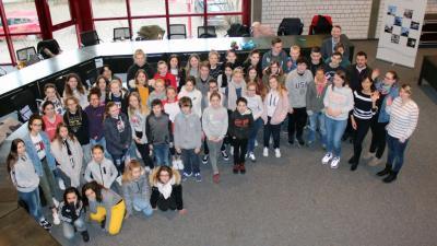 Vorschaubild zur Meldung: Französische Austauschschüler besuchen Lennestädter Rathaus