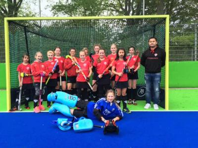 Foto zur Meldung: Lehrreiches Wochenende in Hannover für die Mädchen B