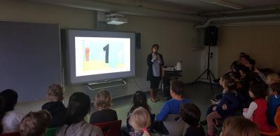 Foto zur Meldung: Kita- und Schulkinder im Zauberzahlenwald