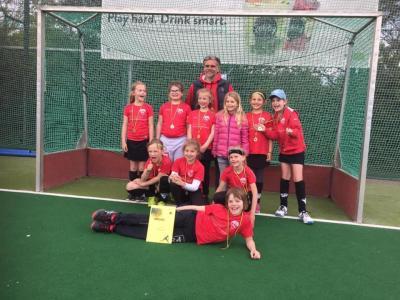 Foto zur Meldung: 2. Platz für unsere Mädchen C bei der Wespen Trophy