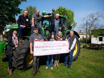 Foto zur Meldung: Brandenburger Landpartie eröffnet 2019 im AWO Reha-Gut Kemlitz