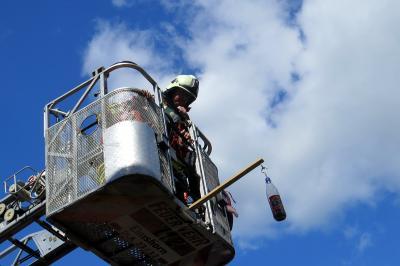 Vorschaubild zur Meldung: Drehleiter-Ausbildung für die Seesteraner Feuerwehrleute