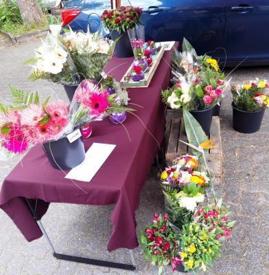Neuer Blumenstand auf dem Wochenmarkt Dörnigheim