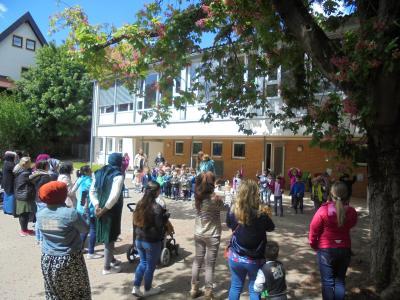 Vorschaubild zur Meldung: Muttertags-Singen im Kindergarten Pfarracker