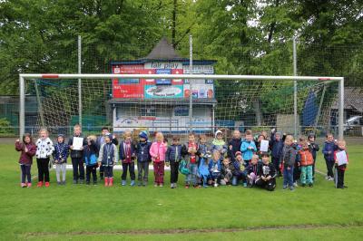 Auch in diesem Jahr folgten erneut ca. 50 Kinder der Jahrgänge 2013 und jünger der Einladung von Germanias Jugendabteilung in das Grünenthal-Stadion.
