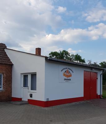 Vorschaubild zur Meldung: Gelungene Sanierung des Gerätehauses der FFW Schlenzer