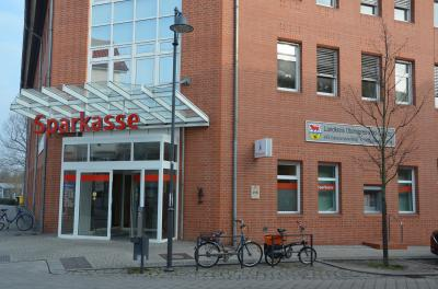 Brückentag in der Kreisverwaltung OSL: Auch die Zulassungs- und Führerscheinstelle in Calau, Cottbuser Straße 26, bleibt geschlossen. (Foto: Landkreis)