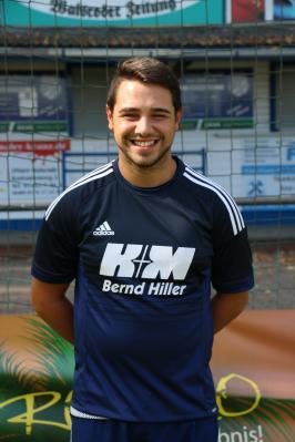 Kurz nach dem Wiederanpfiff verließ Aykan Altuner vom Gast den Platz. Für ihn spielte Niklas Mohr weiter.