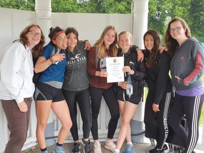 Vorschaubild zur Meldung: SHG gewinnt den Regionalentscheid beim Tennis im Wettkampf II der Mädchen