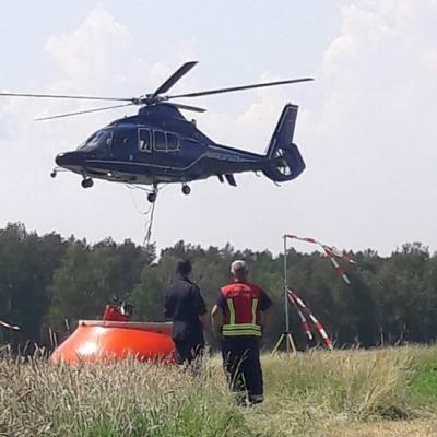 Foto zu Meldung: Rehfelder und Zinndorfer bei Waldbrand im Einsatz
