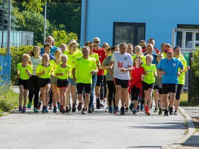 Foto zur Meldung: 25- Stundenlauf bewegte Menschen nicht nur sportlich