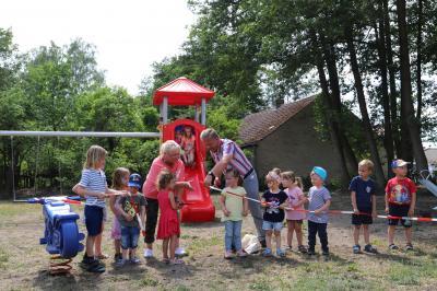 Vorschaubild zur Meldung: Familienfest mit Spielplatz-Einweihung