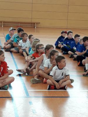 Vorschaubild zur Meldung: Ruhlas Handball Nachwuchs bestand seine Feuertaufe