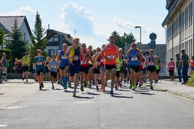Foto zur Meldung: Dreifach-Erfolg für LAZ-Läufer beim Pi-Lauf