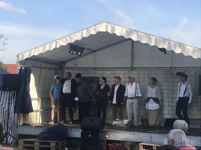 Foto zur Meldung: Michelsdorfer Sommerfest mit eigenem Theaterstück