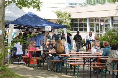 Foto zur Meldung: 10. Straßenfest am Lohbachweg