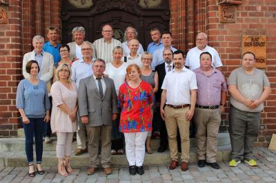 Vorschaubild zur Meldung: Burkhard Schultz bleibt Vorsitzender der Stadtverordneten