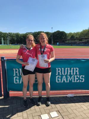 Foto zur Meldung: Jessica Wlodasch gewinnt Silber und Bronze bei NRW-Meisterschaften