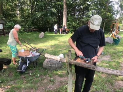 Foto zu Meldung: Sommer-Einsatz am Naturlehrpfad