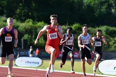 Foto zur Meldung: Sprinter in Höchstform beim Mittsommer-Läufer-Meeting